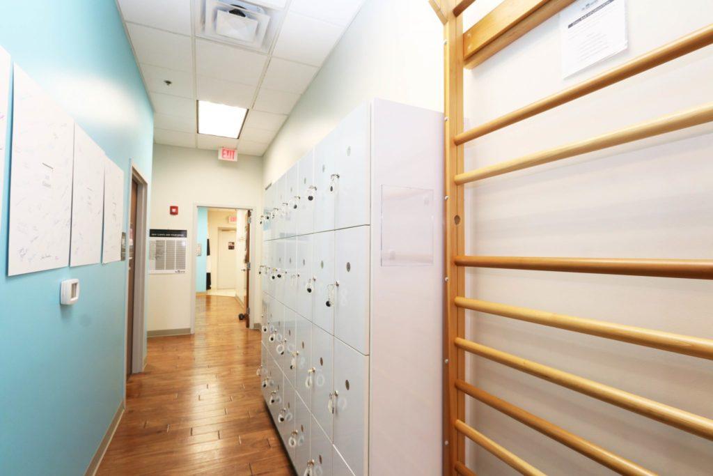 Locker room at The Bar Method Kansas City barre studio