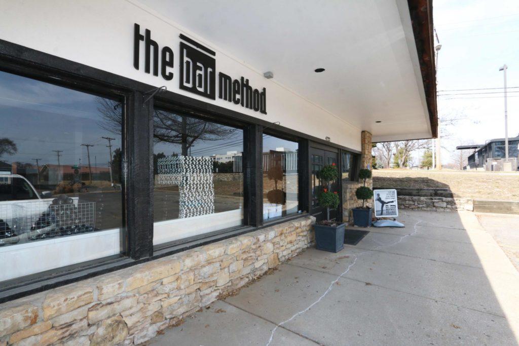 Front entrance at The Bar Method Kansas City West Plaza
