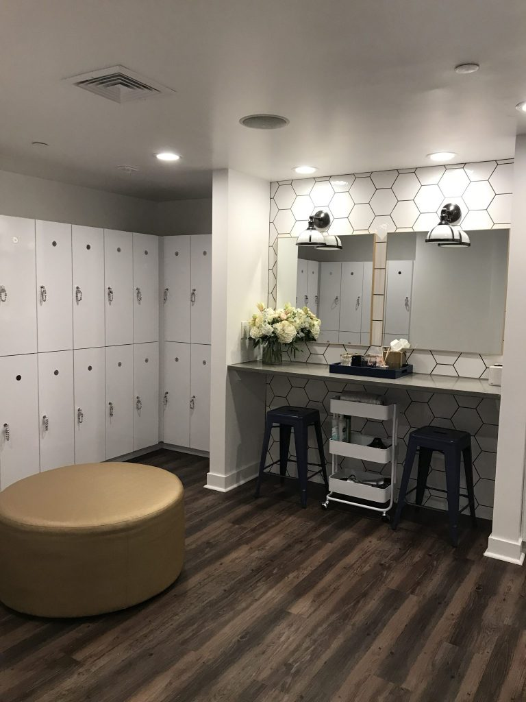 Locker room at The Bar Method Rittenhouse